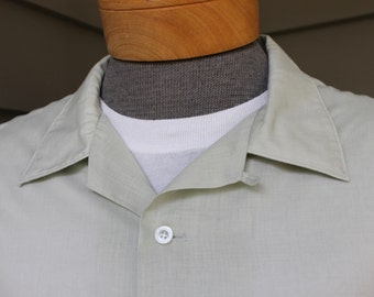 vintage 1960's -Van Heusen- Men's short sleeve sport shirt. Sage batiste with collar button loop. Small stains. Extra Large / XL
