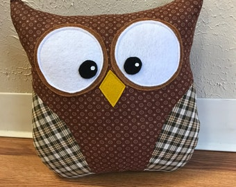 Owl pillow Brown Dotted with Plaid Wings