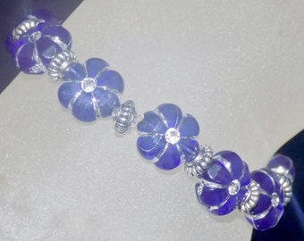 "Blue and Silver Floral Girls 5.5"" Stretch Bracelet"