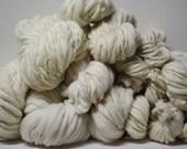 Handspun Merino Wool Thick and Thin Yarn Merino Slub tts Bulky Ecru White Natural Mill's End