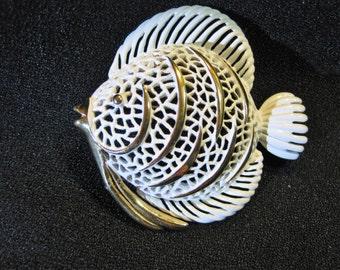 Vintage Signed Monet Enamel Fish Brooch/Pin