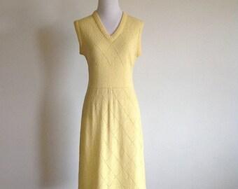 25% SALE 60s Yellow Knit Dress - Vintage 'Mister Sig' Dress - Size Medium