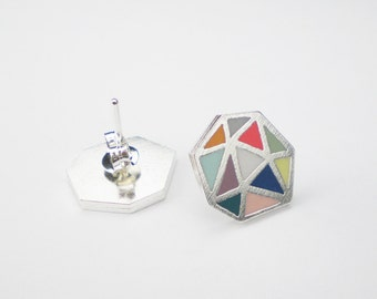 GEOMETRIC PATTERN STUDS / Polymer clay and sterling silver stud earrings / Multicolor triangle pattern stud earrings