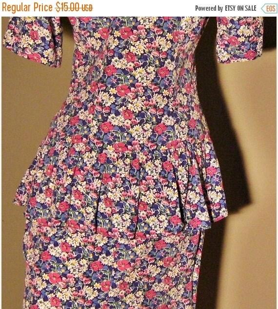 On Sale 1980s/Jane Singer/Mini/Flowered/Peplum/Dress/Size 4/Feminine