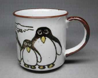 vintage Otagiri coffee mug Penguins , stoneware japan ,  no marks