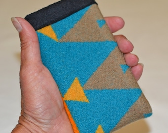 iPhone SE sleeve cover case wallet iPhone 5 5s sleeve cover case wallet - Native American fabric khaki and turquoise Wool from Oregon