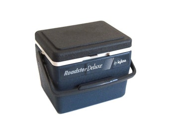"Igloo Roadster Deluxe Cooler Blue 1990s Lunch Box with Tray coolers (as-is, see ""Item Details"")"