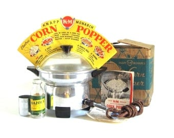 K&M Metal Popcorn Popper Aluminum Electric Corn Popper Vintage Small Appliance 12-501 with Cloth Cord + Glass Lid