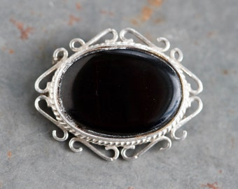 Black and Silver Lapel Pin - Vintage Oval Sterling Silver Filigree Brooch