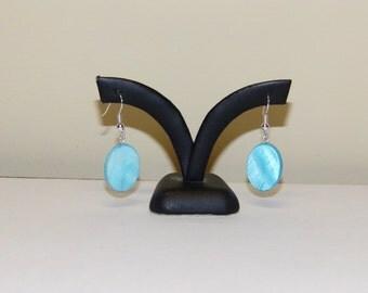 Aqua Earrings, Mother of Pearl Earrings, Oval Earrings, Pearl Earrings, Dangle Earrings, Turquoise Earrings, Drop Earrings, Small Earrings