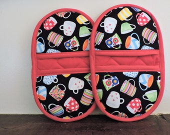 Mini Microwave Mitts-Oven Mitts-Pinchers-Coffee Cup Motif w/Red Trim-Free Shipping