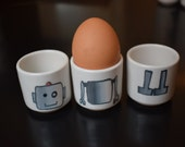 Robot stacking egg cups (Light and Light)