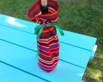 Red Fabric Gift Bag - Mexican Wine Bottle Sleeve  Reusable Gift Wrapping Pink Wedding Decor - Party Favor Housewarming Present Table Decor