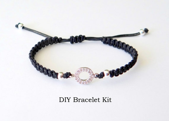 diy bracelet kit macrame bracelet with circular connector. Black Bedroom Furniture Sets. Home Design Ideas