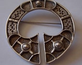 Vintage Silver Celtic Scottish Brooch Pin Ninians Hallmarked STUNNING