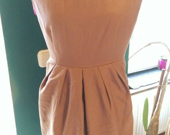 Classic cut Sleeveless Brown Dress