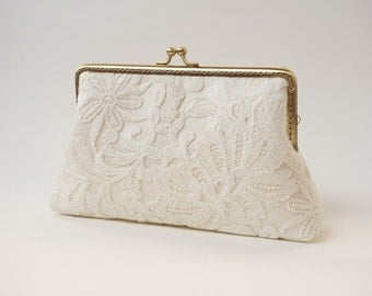Ivory Lace Clutch / Wedding Party / Gift ideas / Vintage Inspired
