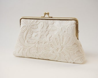 Ivory Lace Clutch / Wedding Party / Gift ideas / Vintage Inspired  - Ready To Ship