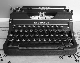 Vintage Black Underwood Typewriter Manual Typewriter Portable Typewriter Art Deco Typewriter Underwood Universal 1938 Office Retro Office