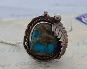 Vintage Navajo Turquoise Pendant Necklace