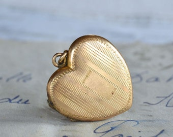 Gold Filled Vintage Heart Locket - To Be Engraved