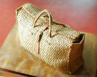 vintage straw and leather summer bag
