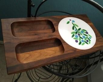 Danish Modern tray walnut and enameled disc Ernest Sohn cheese board Boho cheese tray walnut Hors d'oeuvre tree cutting board mid-century