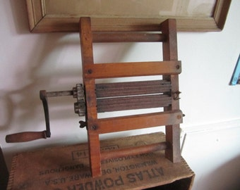 Vintage Pleating Iron, Crimping Iron Fluting Iron Ruffler. Industrial Decor.