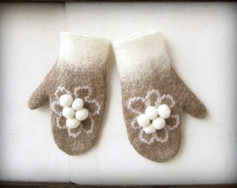 Finnish winter. Made-to-order hand felted superwarm seamless gray and white pompom mittens, made-to-order