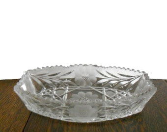 Vintage Glass Dish Cut Crystal 1940s Daisy and Leaf Pattern Beautiful Etching and Sawtooth Czechoslovakian Recntangular Dish with Oval Sides