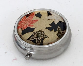 Pill box Jewelry case with Japanese handmade washi paper (maple leaf) with gift envelope