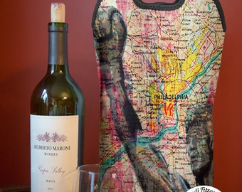 Wine Bag BYOB | The Statue Philadelphia | Two Bottle Neoprene Wine Carrier Tote |  Bar Accessory | Hostess Gift | Bridal Gifts