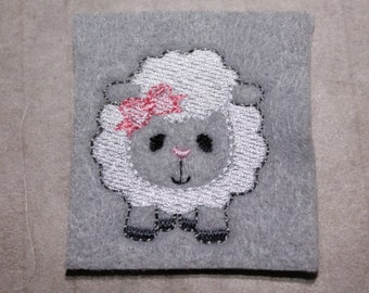 Easter lamb w/ bow feltie, lt gray/white sheep/lamb with pink bow, Easter felt stitchies, 4 pcs, for hair accessories & scrapbooking