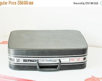 ON SALE Vintage Black Samsonite Small Suitcase Overnight Case