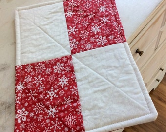 Quilted Trivet Rectangle Red White Snowflake lMotif Hot Pad Teacher Gift Hostess Gift Pollyana Gift Basket Filler Winter Themed Trivet