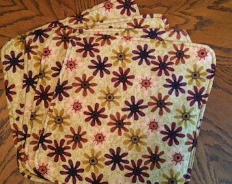 Round Table Placemats (4)