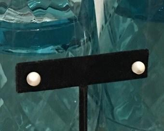 Vintage Genuine White Mother of Pearl Stud Pierced Earrings