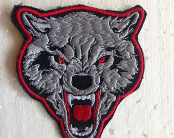 Lone wolf small embroidered patch