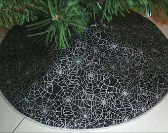 "Tabletop Halloween Tree Skirt ~ 21"" ~ Black with Metallic Silver Spiderwebs"