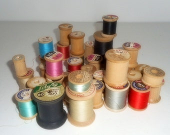 Lot of Wooden Spools, Sewing Spools, Thread, Vintage Spools, Collection