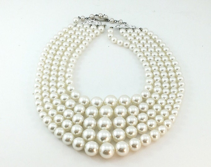 Vintage 5 Strand FX PEARL NECKLACE, Pearl Bib, Vintage Pearls, Shimmery White Pearls Necklace. Graduated pearls. Wedding Pearls