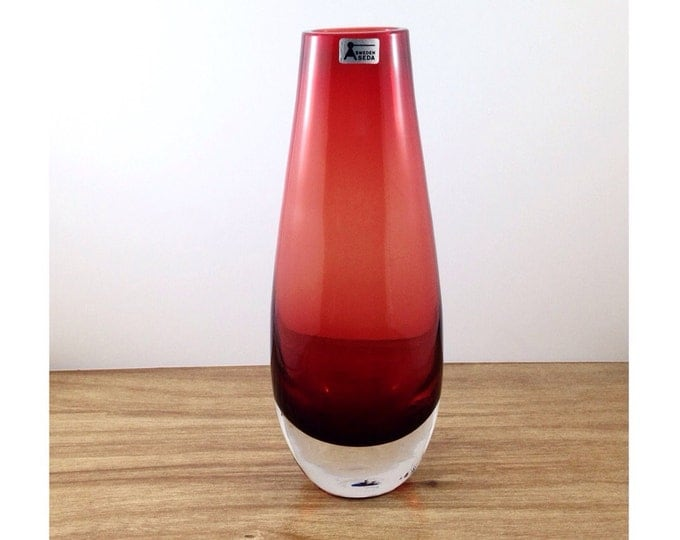 Vintage Seda Sweden Signed Swedish Red Glass Vase. Scandanavian Sommerso Vase. Smooth Tall Blood Red Seda Vase. Mid Century Mod Cherry Red.