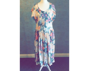 Vintage 1980s Cotton Floral Dress with Lightly Pleated Skirt
