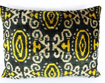 Silk Velvet Ikat Pillow Cover Lp316, Bohemian pillow, Velvet Ikat Pillow, Velvet Pillow