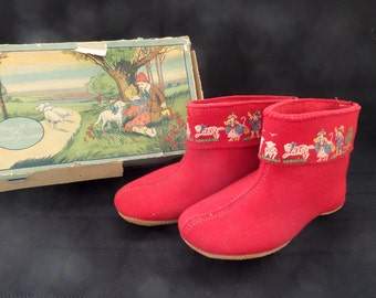 Child's Slippers with Nursery Rhyme Characters -- Child's Red Slippers -- Blum Kreep A Wa -- 1920's