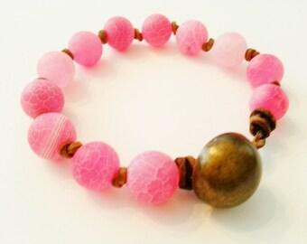 Leather bracelet, pink crackle agate stone, summery beach bracelet