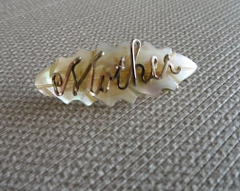 C054)  Vintage Mother of Pearl Mother Brooch pin handmade