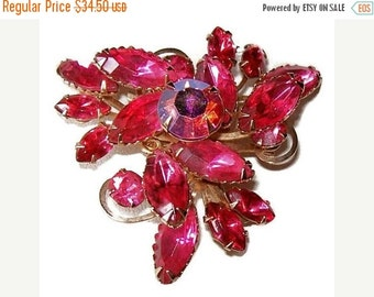 "Rhinestone Brooch Pin Pink Fuchsia Color Layered Judy Lee Gold Metal Unsigned 2"" Vintage"