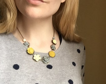 Necklace in grey, yellow and cream