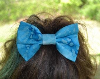 Turquoise Batik Hairbow